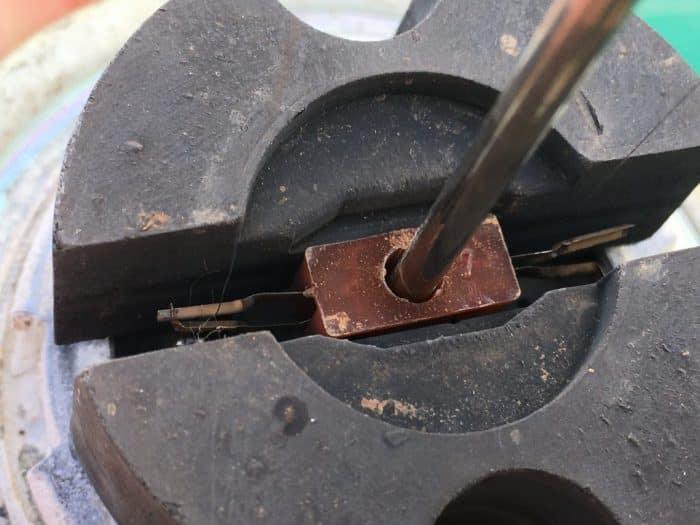 Rob Siegel - Reparación de un emisor de nivel de combustible