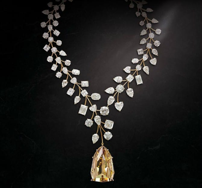 LIncomparable Diamond Necklace
