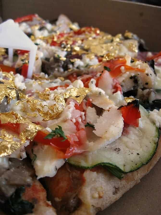 The most expensive pizzas in the world 00009